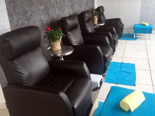 Pamper pedi parties at Nail Studio and Beauty, Comaro View Shopping Centre (Bassonia) 011 432 4958
