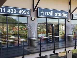 Nail Studio and Beauty, Comaro View Shopping Centre (Bassonia) 011 432 4958